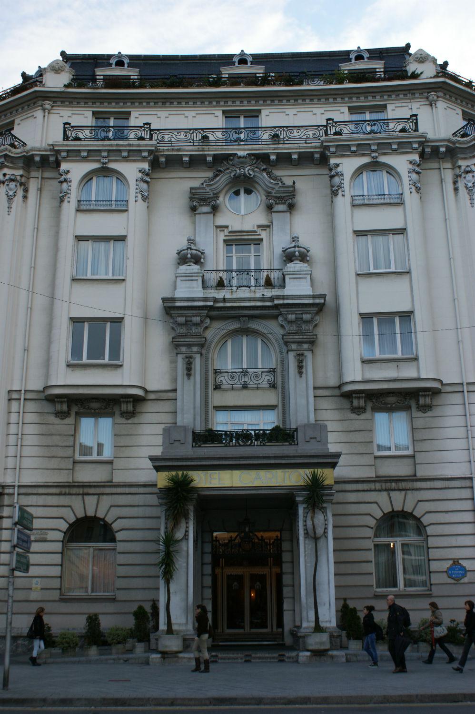 hotel-carlton.jpg